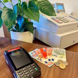 Neuer Service im Pyrbaumer Rathaus: Bargeldlose Bezahlung mit EC-Karte